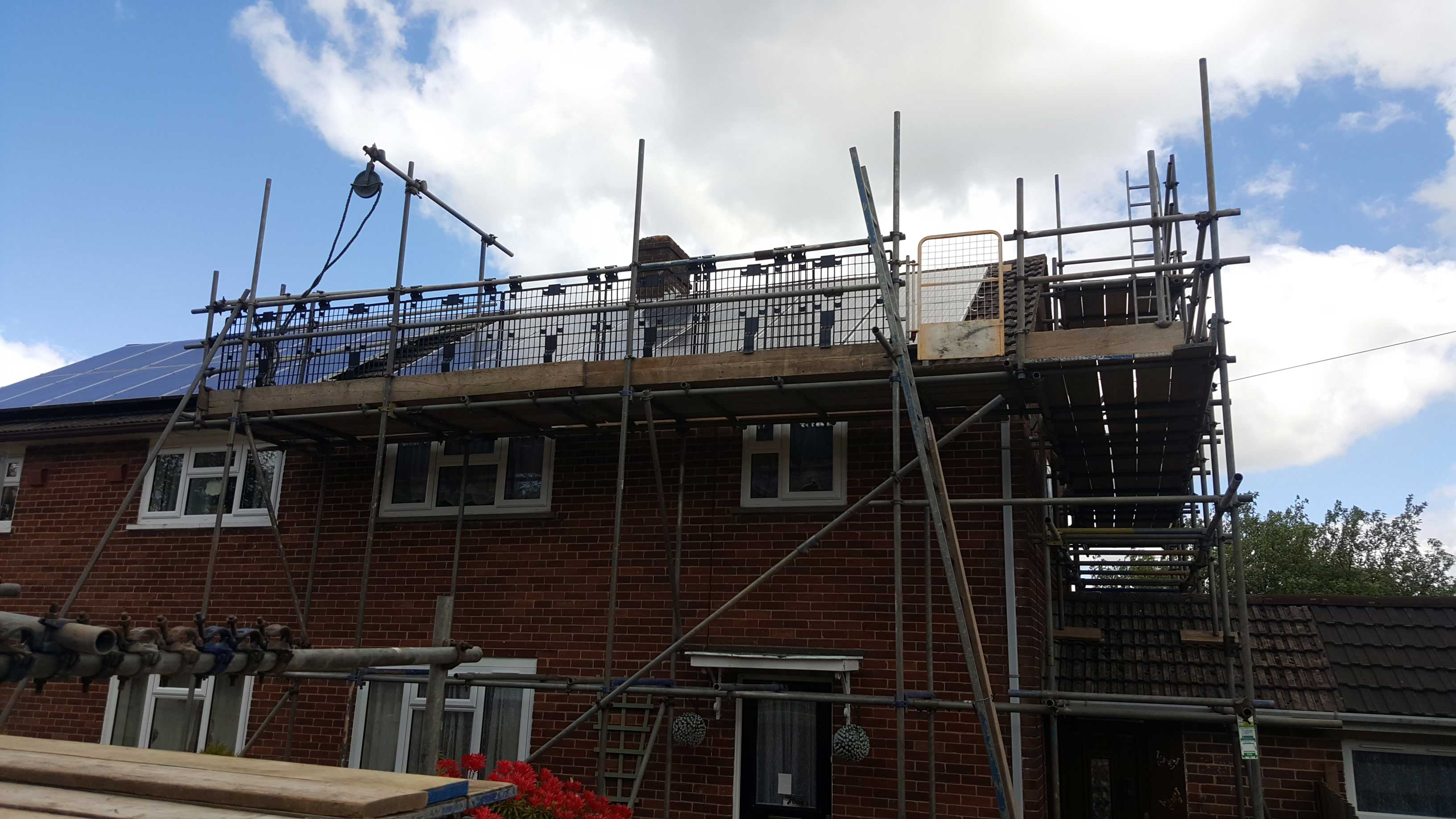 Roof Scaffold Tiverton and Devon - Rapid Scaffold Ltd