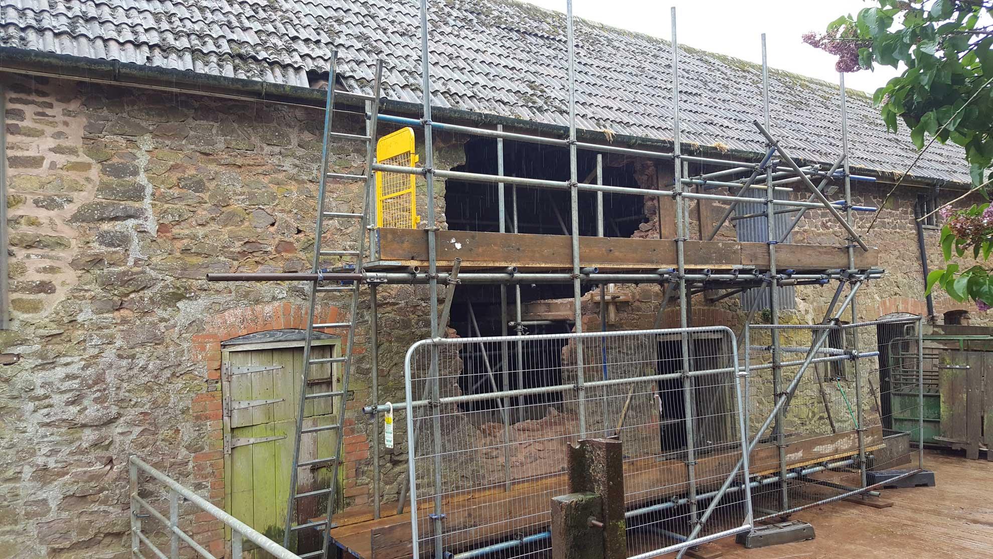Roof Scaffolds Tiverton and Devon - Rapid Scaffold Ltd
